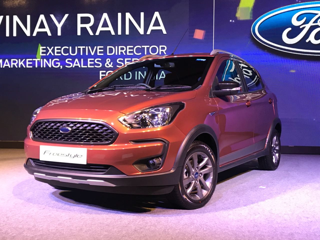 <p>That's the Ford Freestyle!</p>
