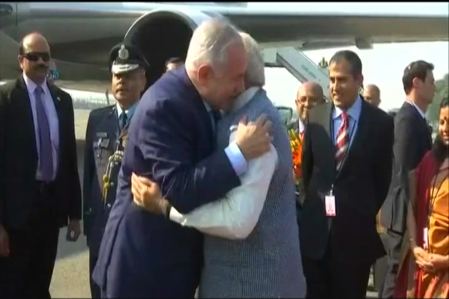 Israel PM Netanyahu leaves for 'historic' visit to India