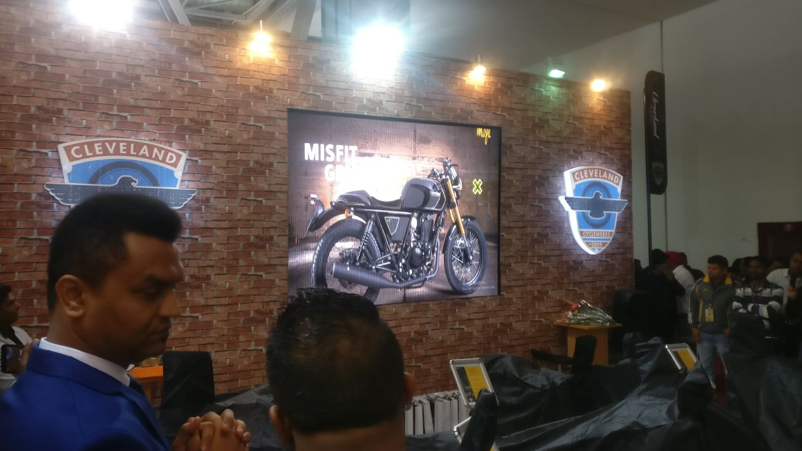 <p>Here's a look at the Cleveland models for India. The Misfit Gen II!</p>