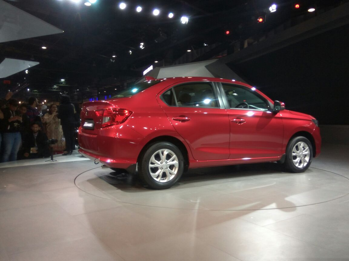 Honda Amaze unveiled in India Small sedan for developing markets