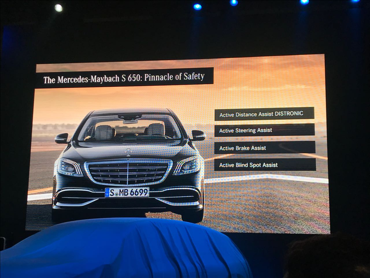 <p>The safety features of the Maybach S650</p>
