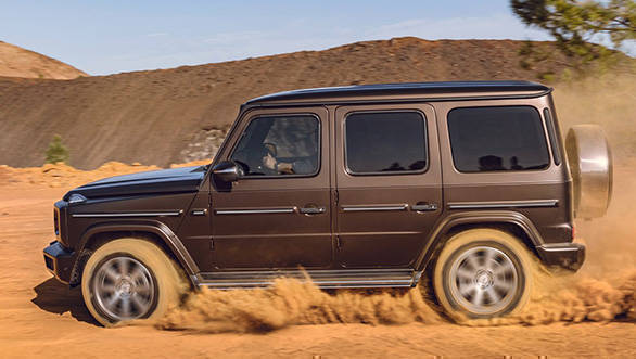 <p><strong>Mercedes-Benz</strong></p>