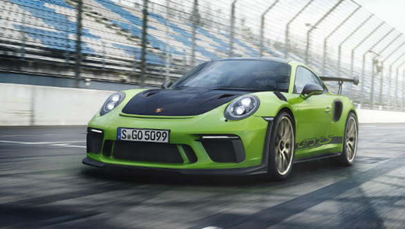 <p><strong>Porsche</strong></p>