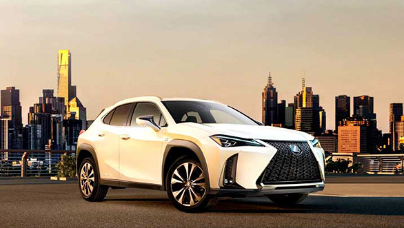 <p><strong>Lexus</strong></p>