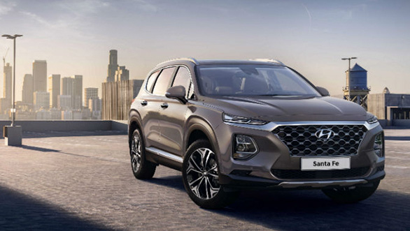 <p><strong>Hyundai</strong></p>