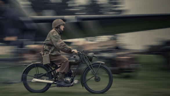 <p>The Classic 500 Pegasus recognizes Royal Enfield's role in providing vehicles for armed forces since the first World War</p>