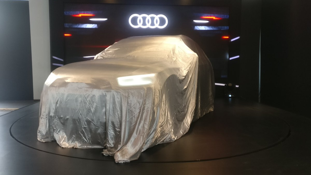 <p>And we're here! Stay tuned to OVERDRIVE for Live updates from the launch of the new AudiQ5 Petrol SUV.</p>