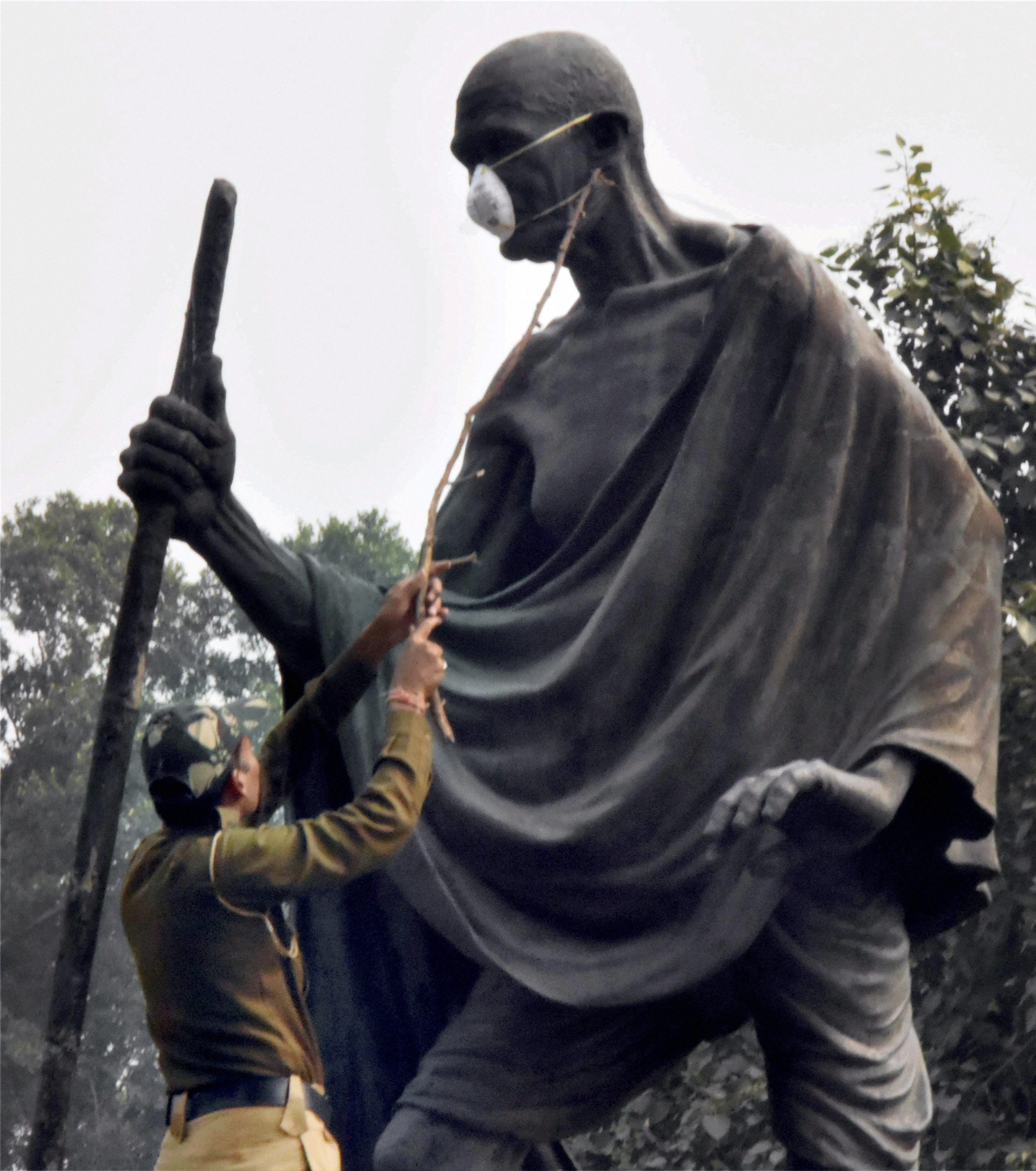 Delhi Air Pollution Updates: As Smog Situation Still Grave