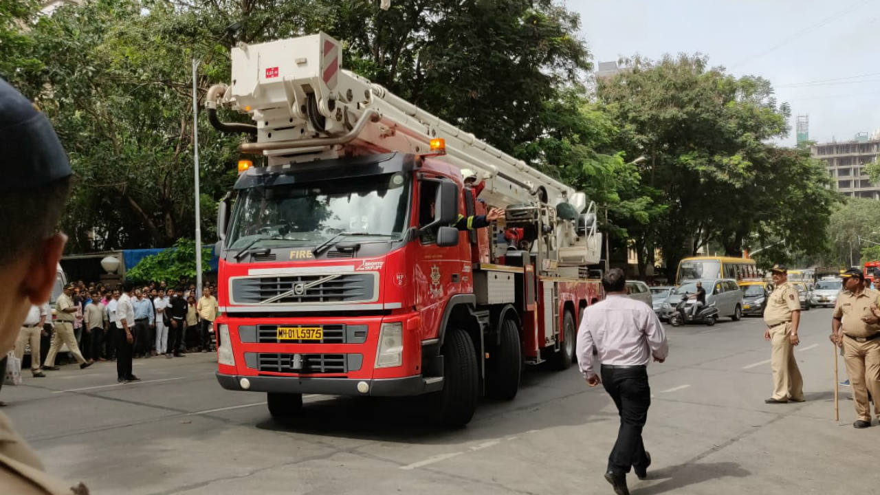 Fire engines rushing to the site in Worli, Mumbai  (Image: Moneycontrol's Pranav Nair)