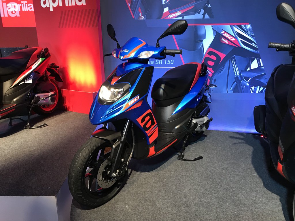 <p>The facelifted Aprilia SR 150 has been launched at ₹ 70,031 ex-Pune. It gets four new colours&nbsp;- matt black, blue, glossy red and white</p>