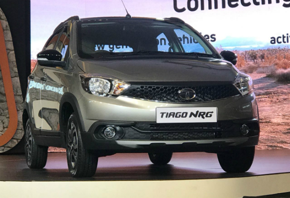 <p>The ground clearence of the Tata Tiago NRG stands at 180mm which makes it 10mm more than the regular offering</p>