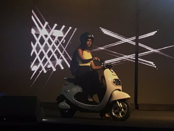 <p>The scooter in white is the Polo with a maximum speed of 25kmph, range of 65km that takes 3-4hours for full charge. Comes with a 250W waterproof motor using a 48V/24Ah Li-Ion battery</p>