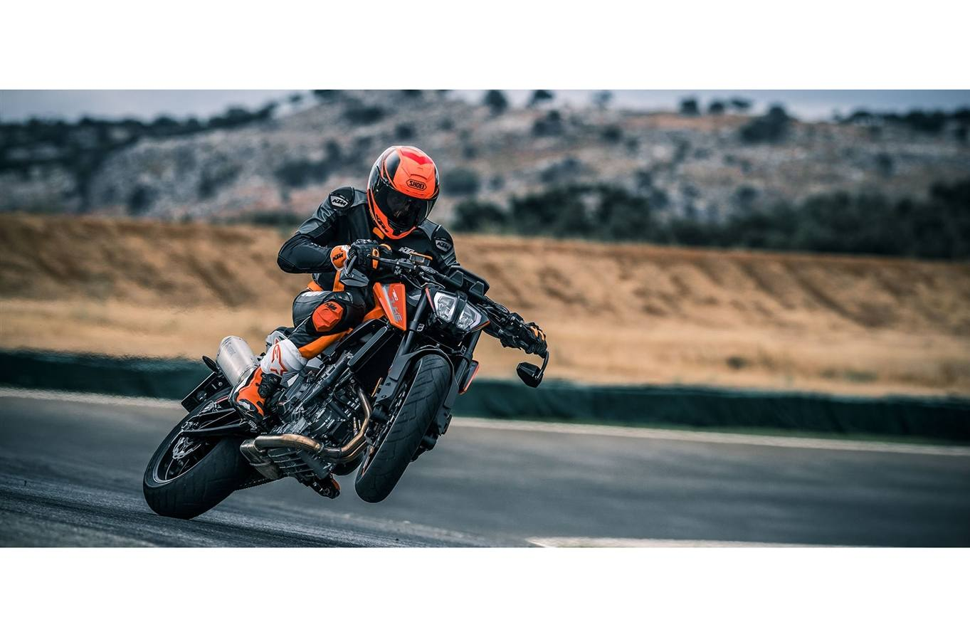 <p>The expected price for the KTM 790 Duke is Rs 7.5-8 lakh ex-showroom which translates to&nbsp;shy above Rs 10 lakh on-road cost</p>