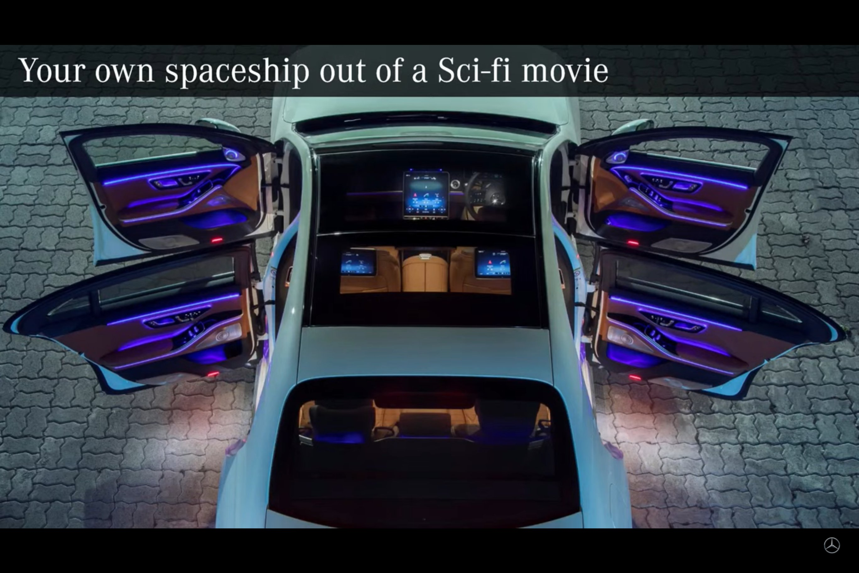 <p>Gorgeous image of the LED light effect dominating the interior of the Mercedes-Benz S-Class.</p>