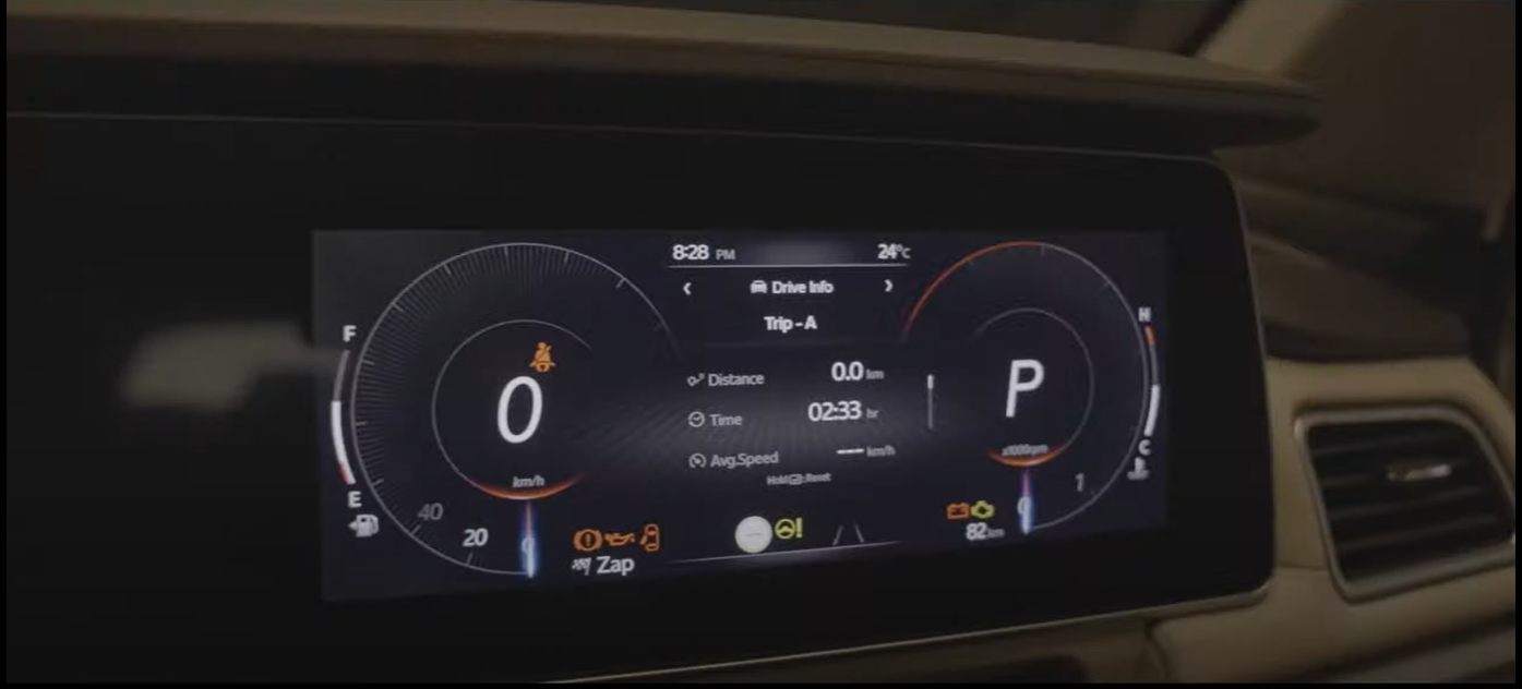 <p>Here is the two 10.25-inch screens that make up the Mahindra&#39;s digital cockpit. The AdrenoX UI system comes with Alexa built to control various functions of the SUV</p>